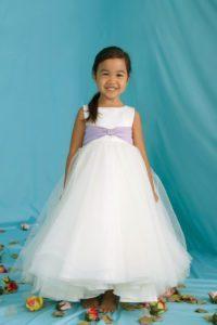 adeava-bridal-macclesfield-emma-bridals-flowergirl-12283
